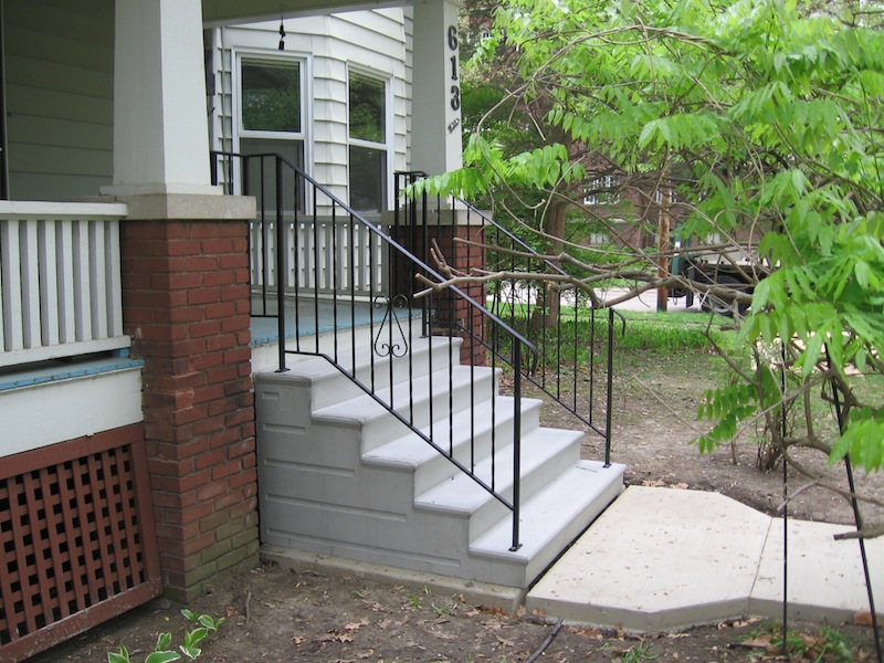 residential-concrete-steps
